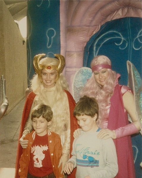 Josh meets She-Ra and Glimmer at Universal Studios